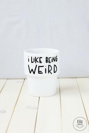 Kubek ręcznie malowany I like being weird