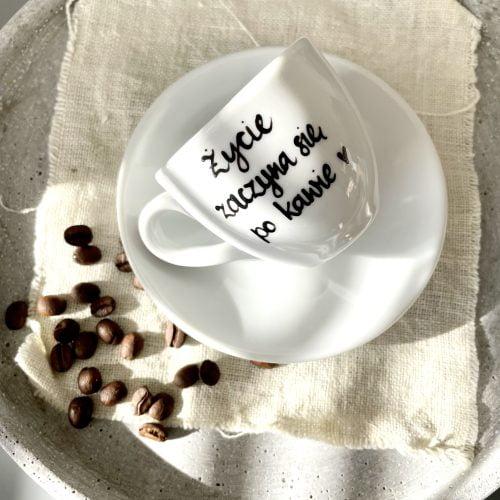 Filiżanka espresso Życie zaczyna się po kawie